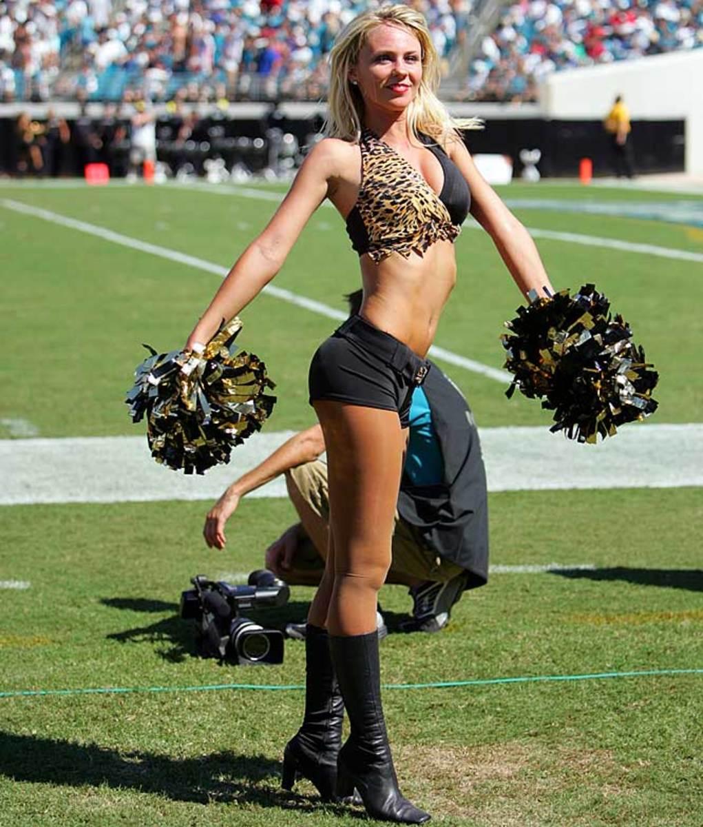 jags-cheerleader-kelli%284%29.jpg