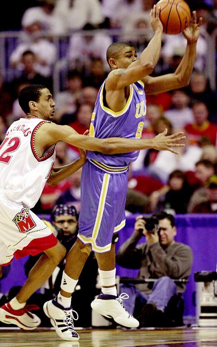 Earl Watson   March 18, 2000