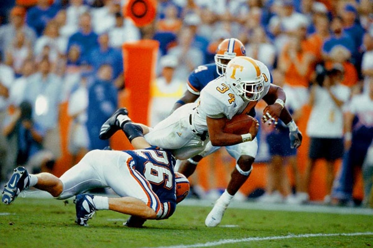Tennessee 34, Florida 32