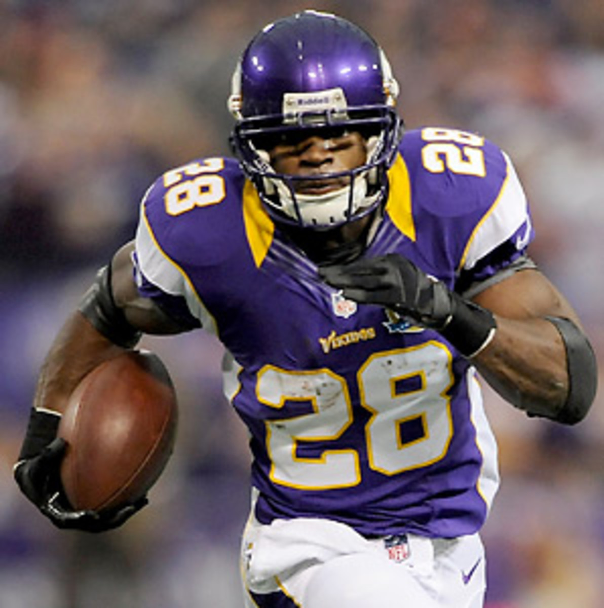 The Vikings need a big game from Adrian Peterson, and a win, to stay in the playoff hunt. (Hannah Foslien/Getty Images)