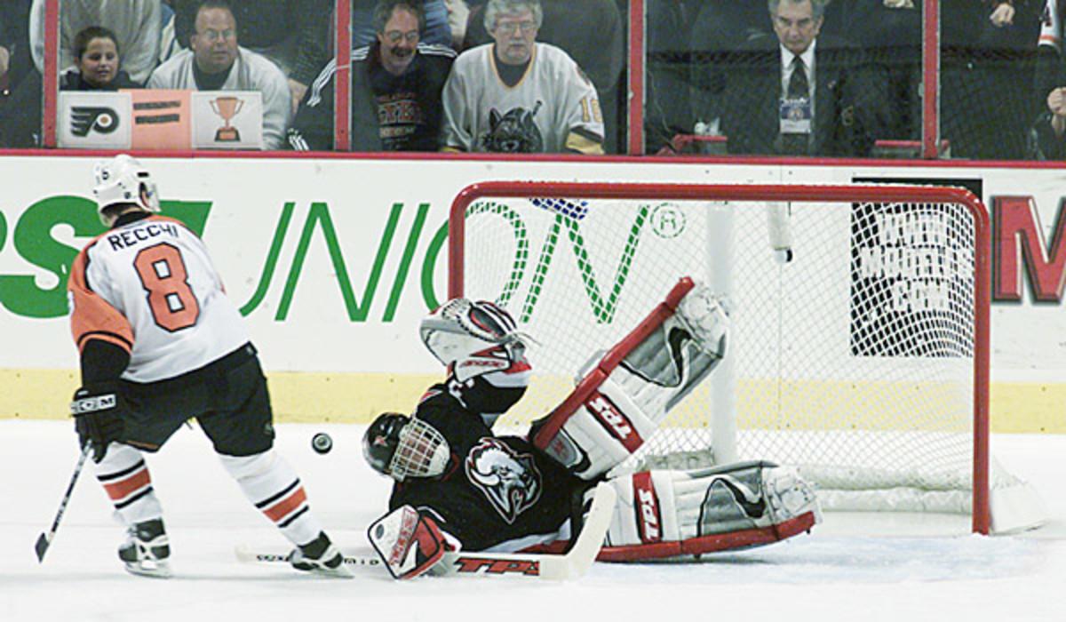 Dominik Hasek wants to return to the NHL
