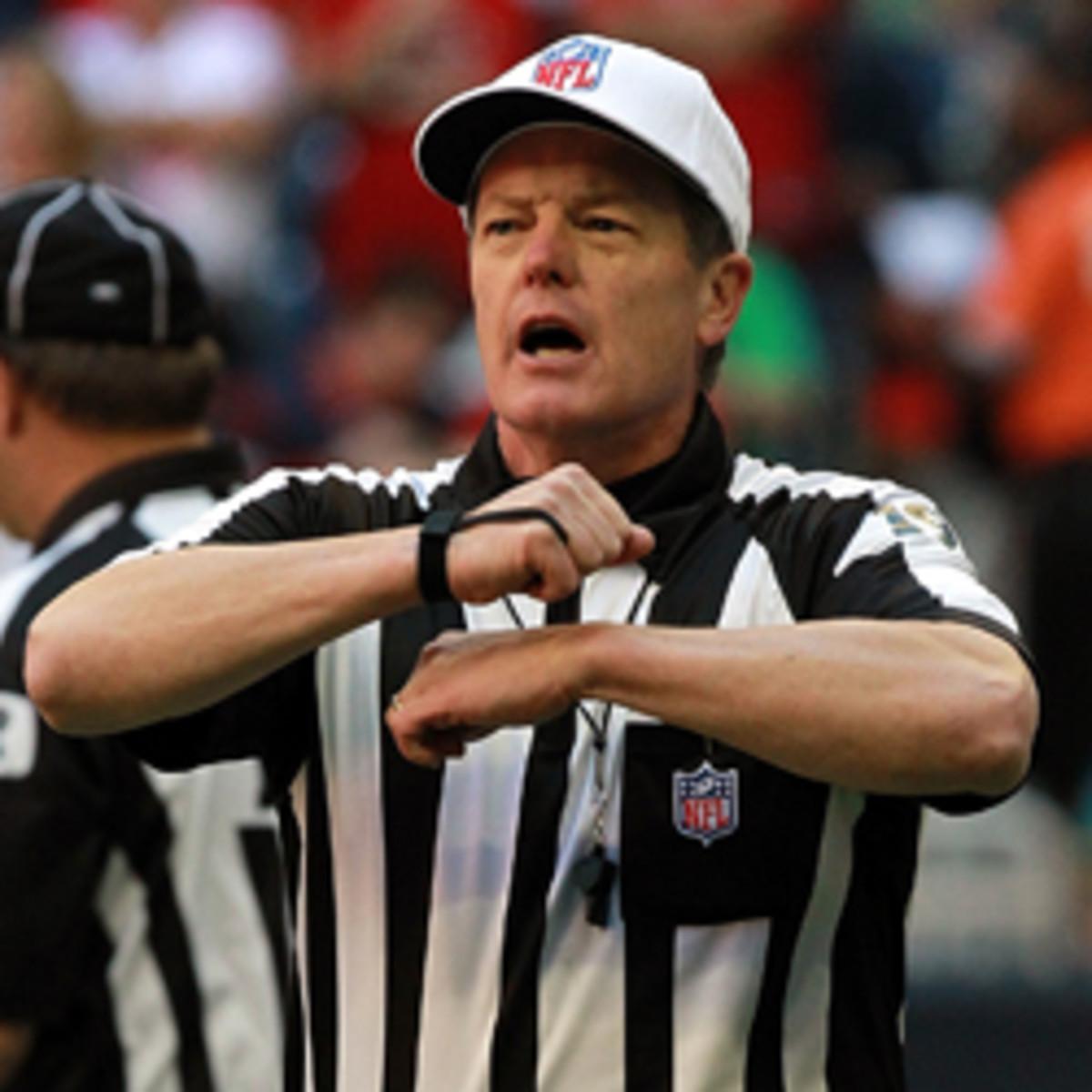 NFL-referee-illegal-procedure-Getty