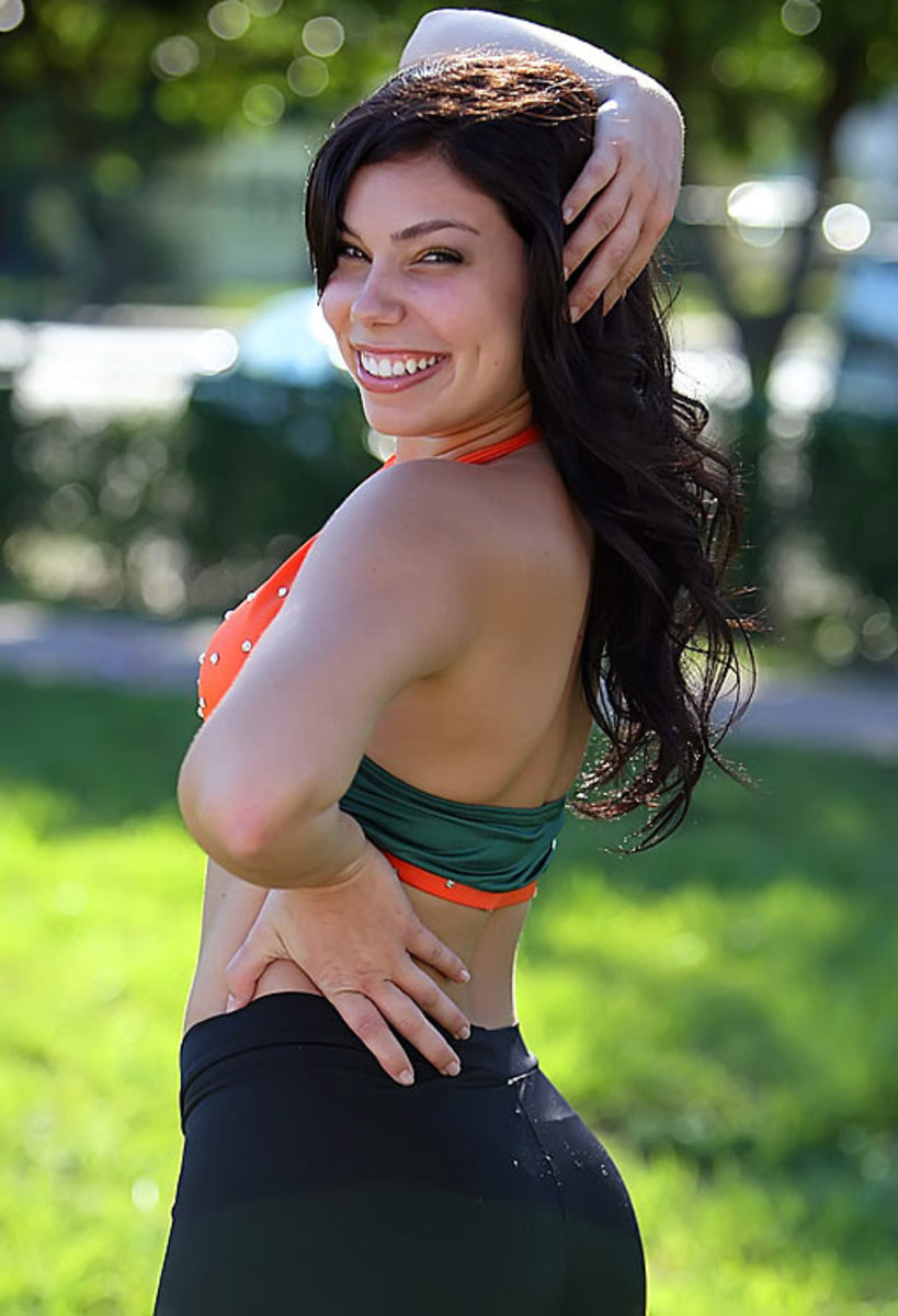 sara-miami.cheerleader.BRY_3204.jpg
