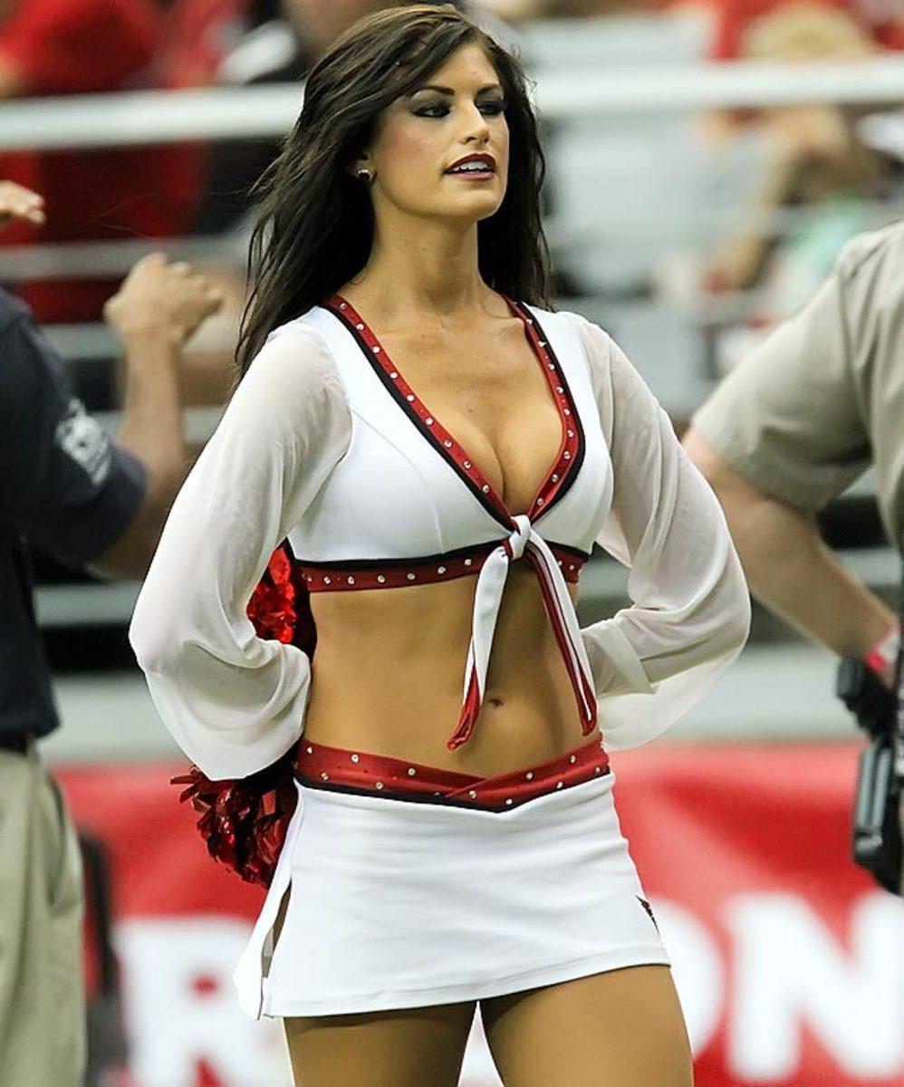 cardinals-cheerleaders-YP4_2914.jpg