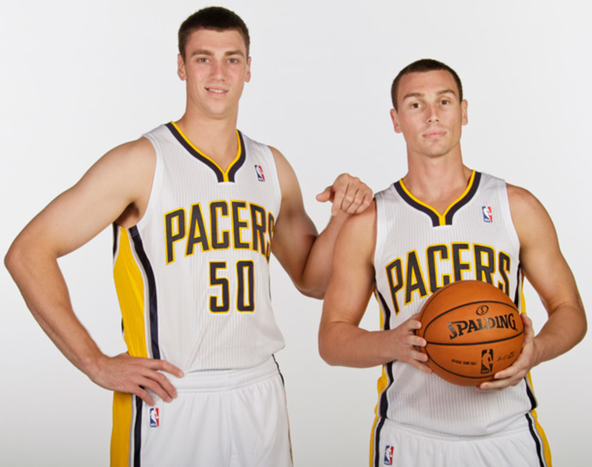 Tyler and Ben Hansbrough (Ron Hoskins/NBAE via Getty Images)