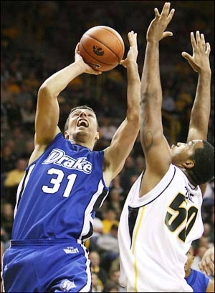Drake-Iowa-Basketball.jpg
