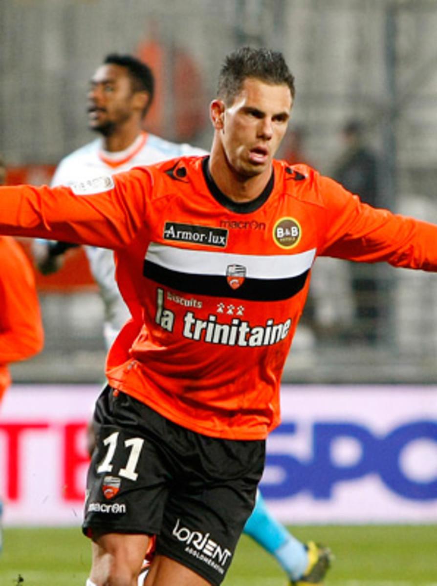 Jeremie Aliadiere scored one of Lorient's two goals against Saint-Etienne.