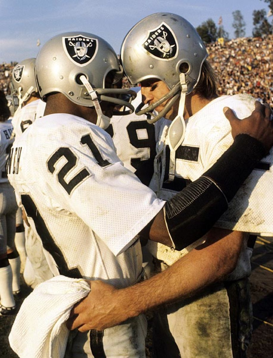 Cliff Branch and Fred Biletnikoff
