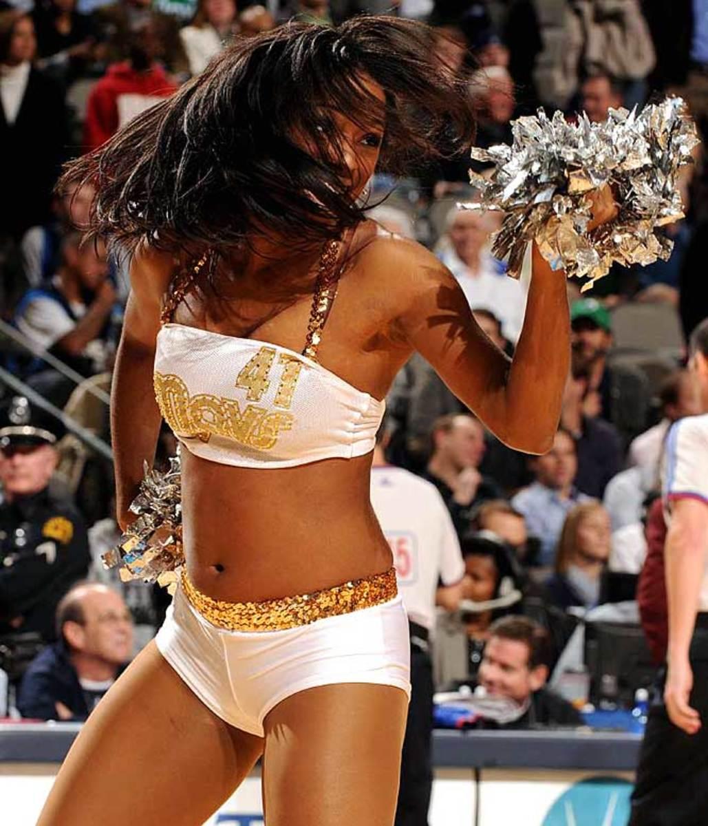 mavs-dancers%2825%29.jpg
