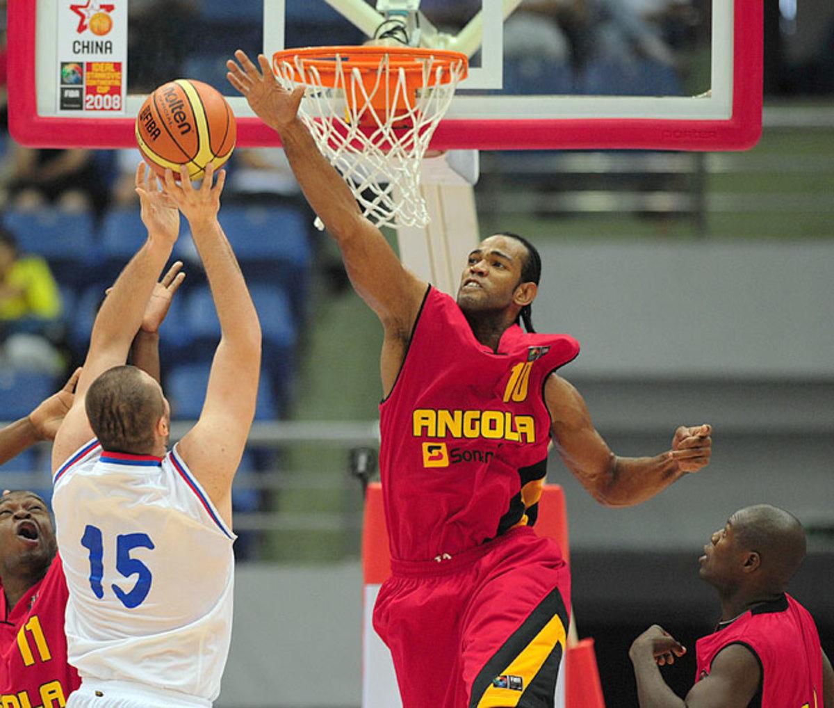 Joaquim Gomes | Angola