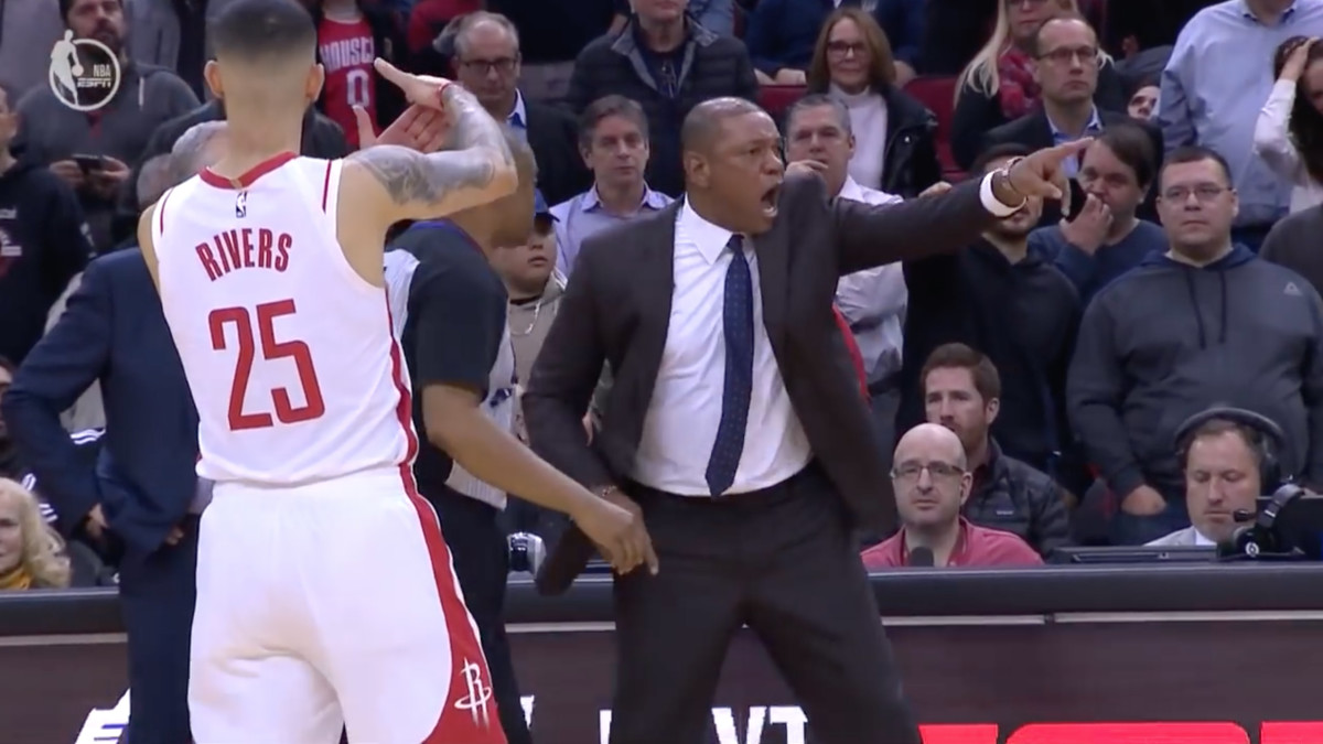 Austin Rivers tells referees to give Doc Rivers a technical foul