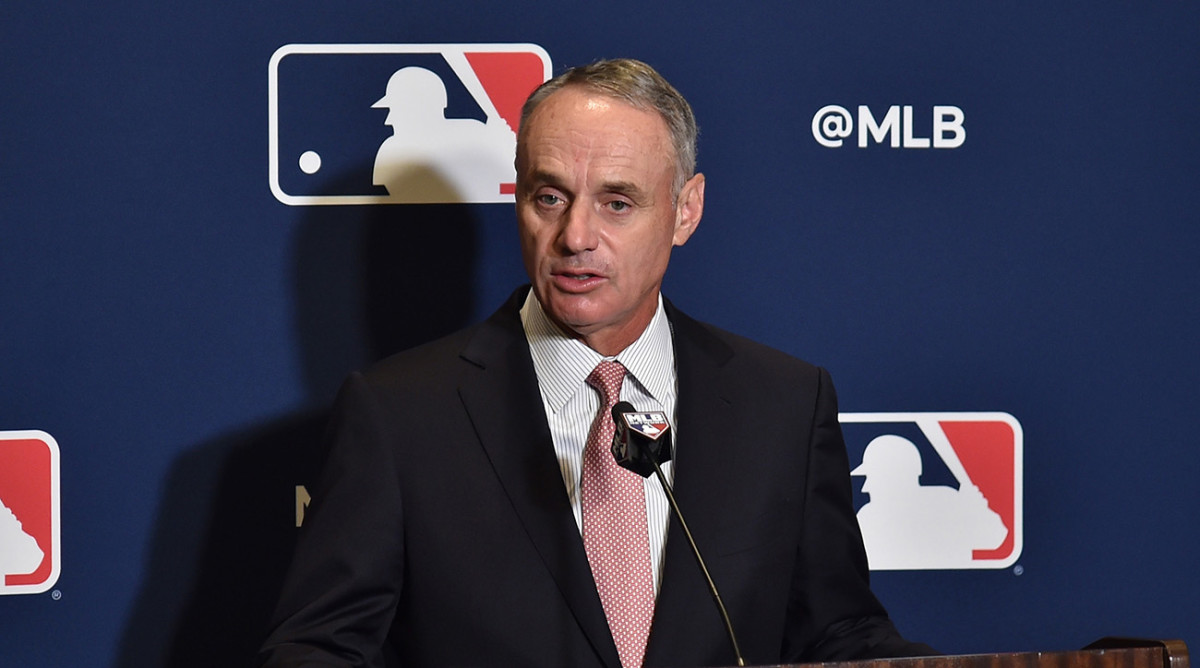 rob-manfred-sign-stealing-astros
