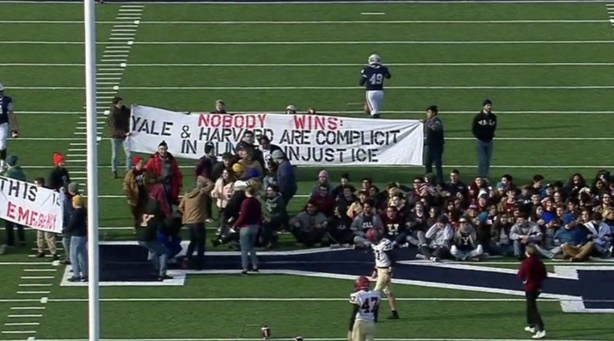 harvard-yale-protest