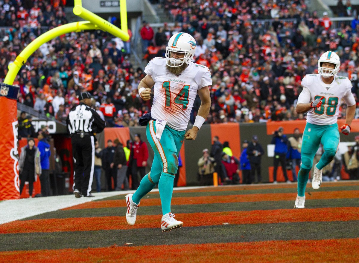 Miami quarterback Ryan Fitzpatrick slayed the Eagles when he was with Tampa Bay last year