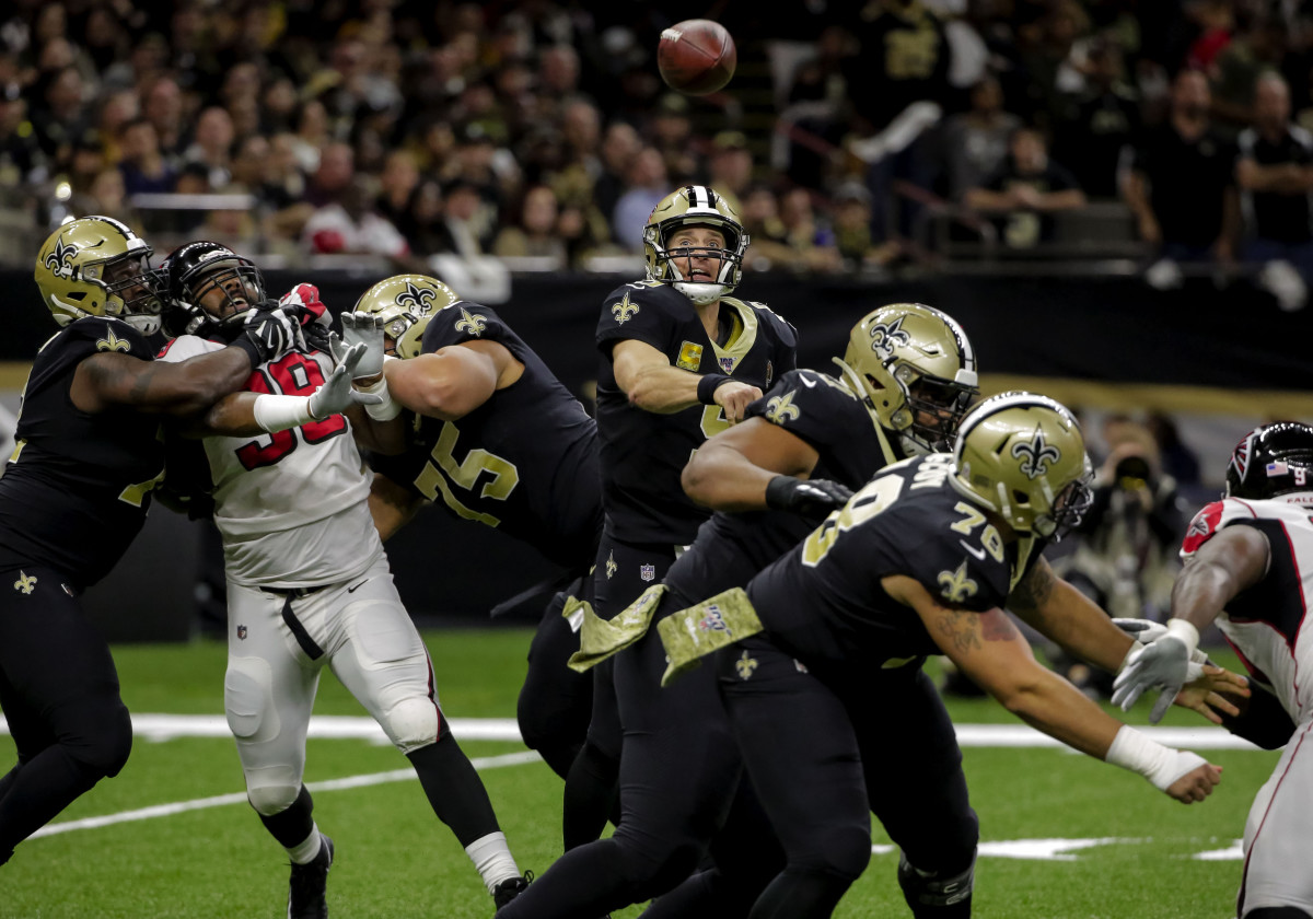 Nov 10, 2019; New Orleans, LA, USA; New Orleans Saints quarterback Drew Brees (9) throws as he is pressured against the Atlanta Falcons during the first half at the Mercedes-Benz Superdome. Mandatory Credit: Derick E. Hingle-USA TODAY Sports