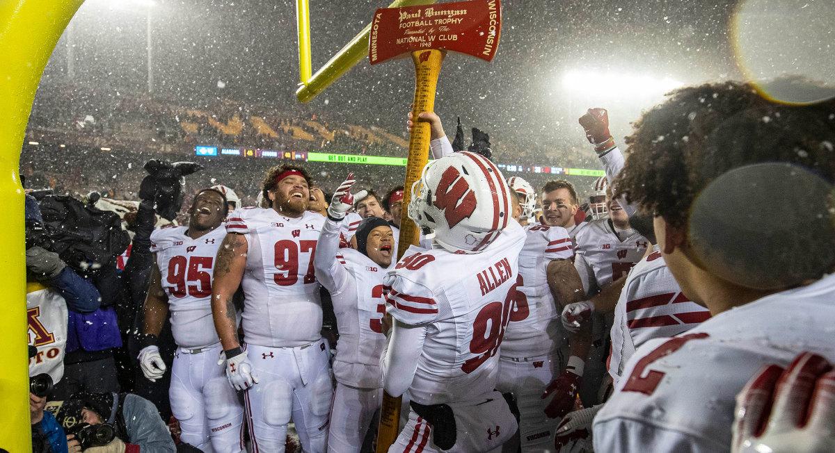 Wisconsin football beats Minnesota Paul Bunyans axe