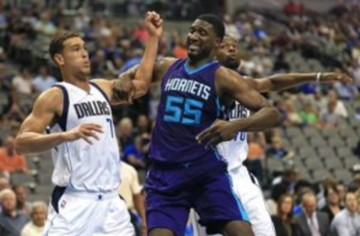 Hibbert looks to bounce back after a down year in LA (courtesy: Charlotte Observer)