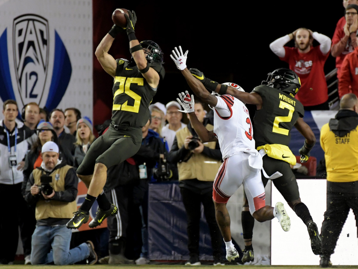 Dec 6, 2019; Santa Clara, CA, USA; Oregon Ducks safety Brady Breeze (25) intercepts a pass intended for Utah Utes wide receiver Demari Simpkins (3) during the first half of the Pac-12 Conference championship game at Levi's Stadium. Mandatory Credit: Kirby Lee-USA TODAY Sports