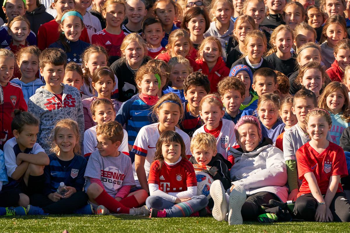 megan-rapinoe-kids-camps-group