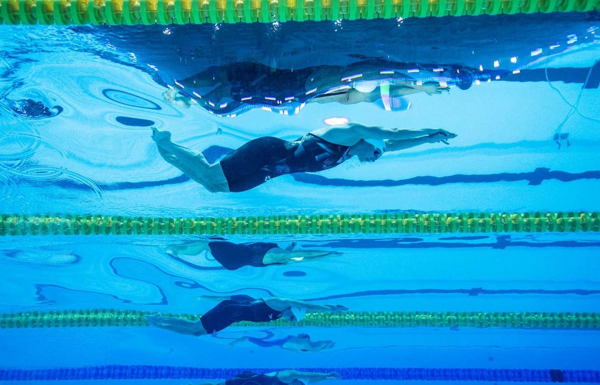 hosszu-swimming-lanes