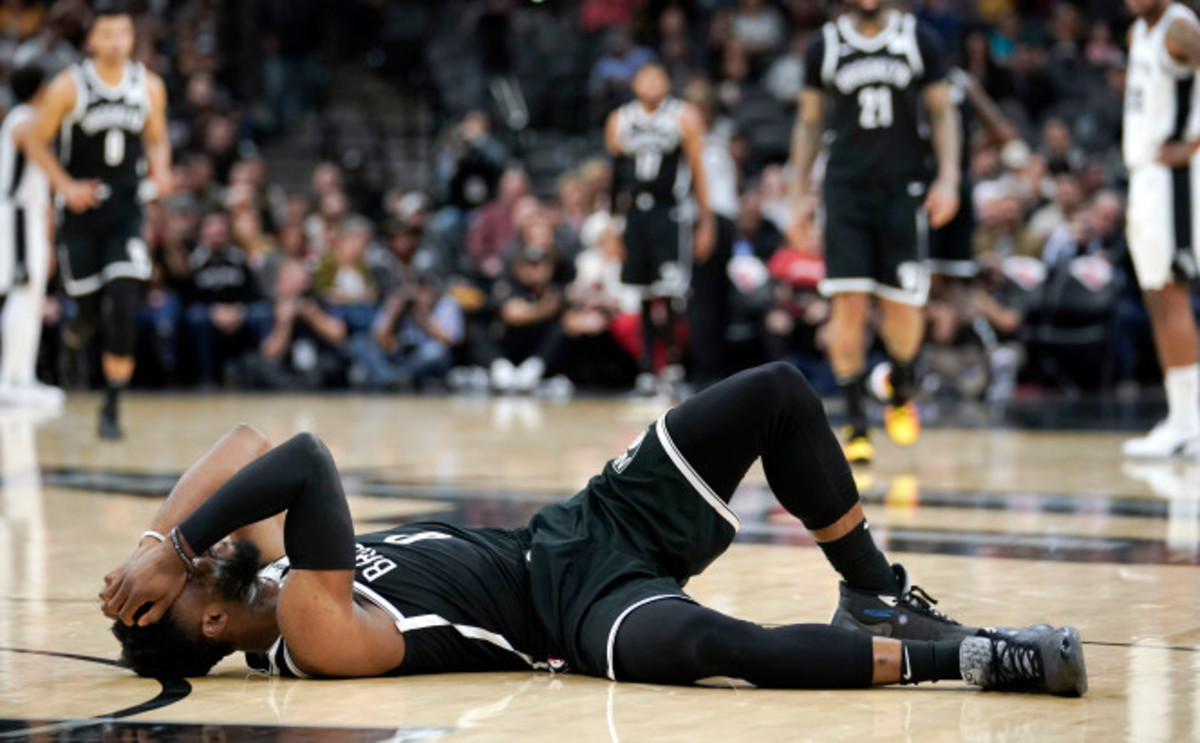 David Nwaba suffers an Archilles injury on Thursday's game against the Spurs.