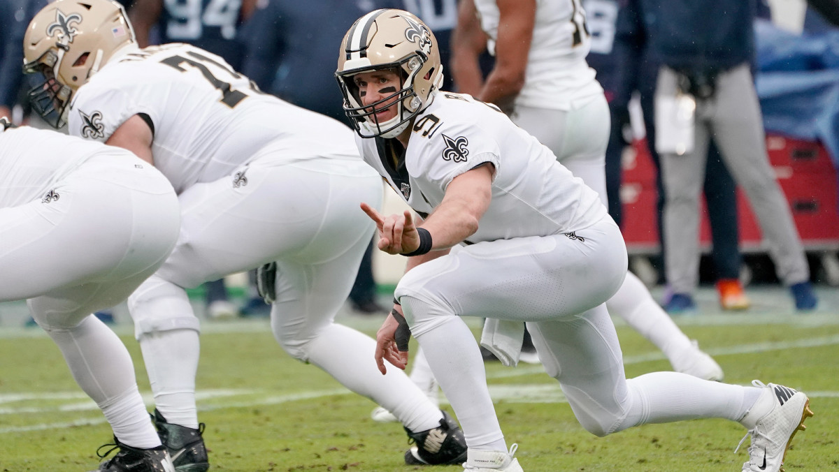 Brees followed up his record-breaking performance with 279 yards in a 38–28 win over Tennessee.