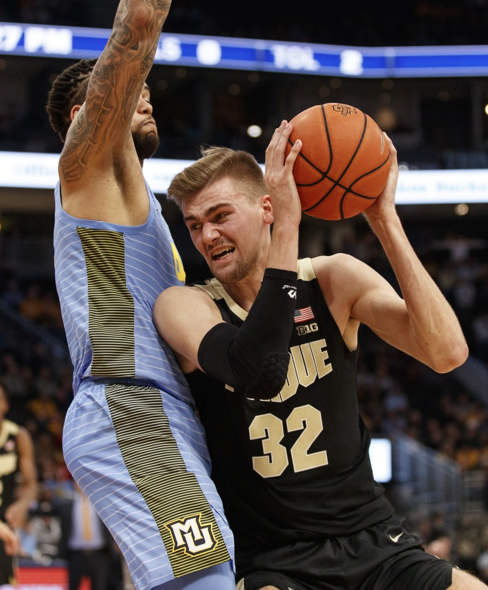 Purdue's Matt Haarms (right) has missed two straight games with a concussion, and the Boilermakers miss him on both ends of the court. (MANDATORY CREDIT: USA TODAY SPORTS)