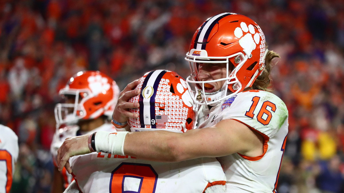 Travis Etienne scored Clemson's game-winning touchdown off a pass from Trevor Lawrence.