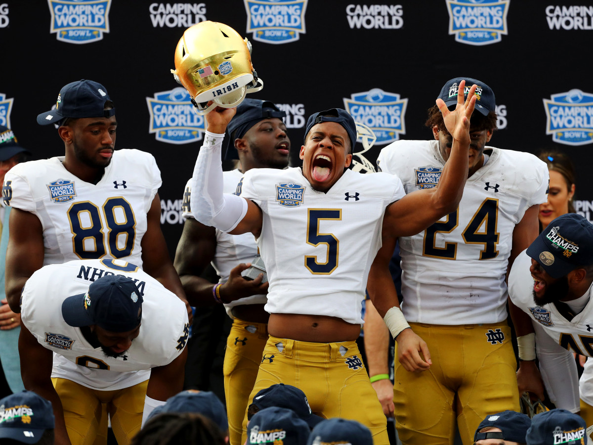No 15 Notre Dame Beat Iowa State In Camping World Bowl Sports Illustrated