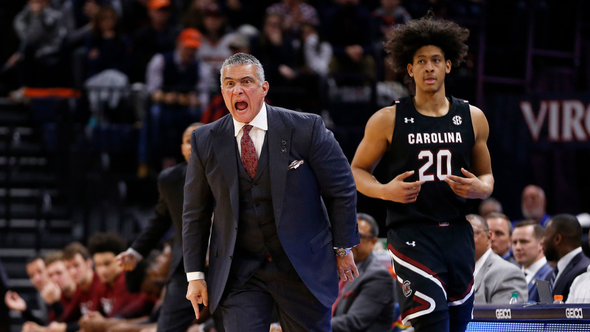 south carolina basketball loses stetson.'
