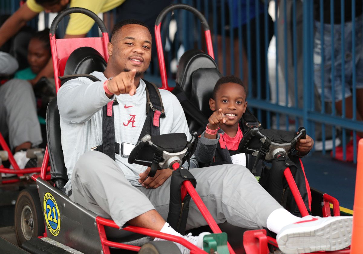 Day for Kids at Fun Spot America during the Citrus Bowl