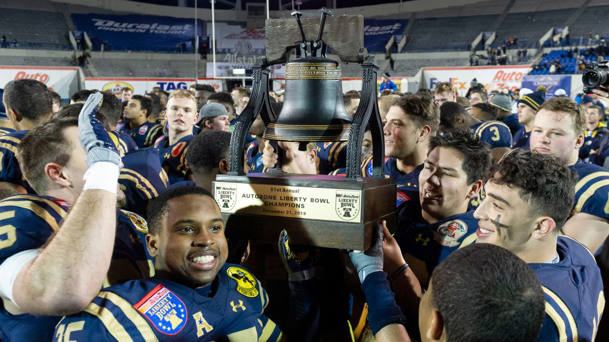 navy-wins-liberty-bowl