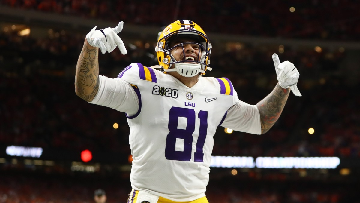 Report: Ex-LSU TE Moss to Have Foot Surgery
