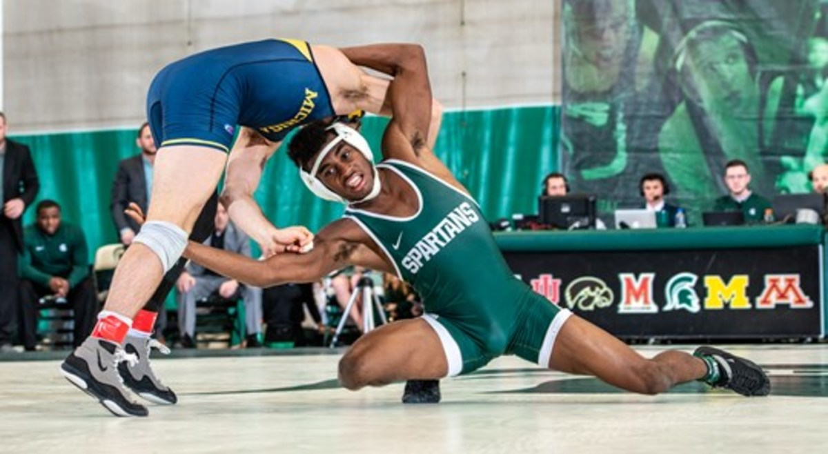 Michigan State wrestling (PHOTO:  MSU SID)