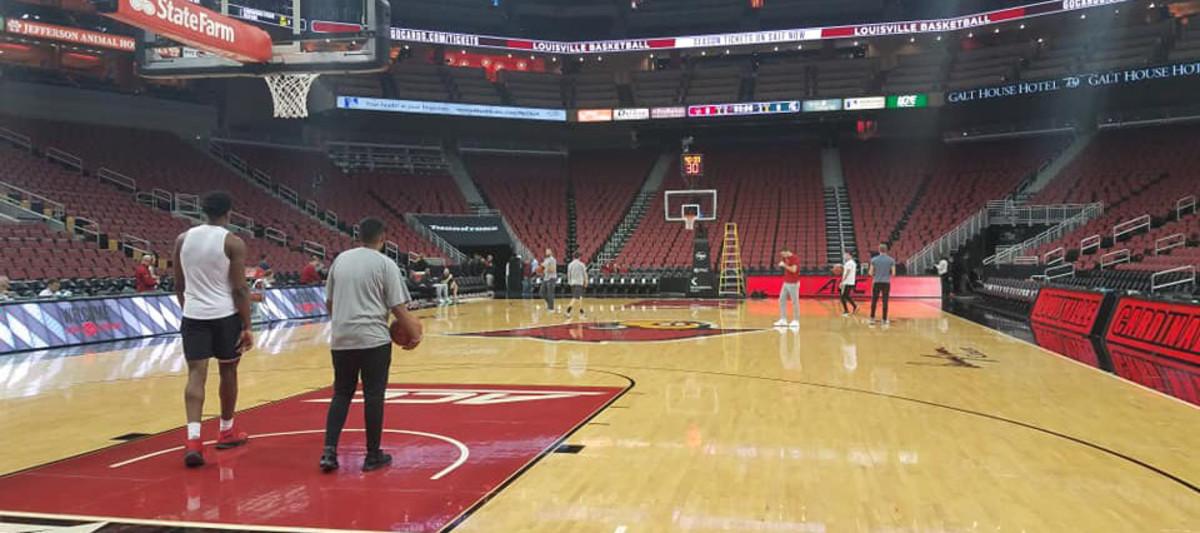 KFC Yum! Arena Louisville, KY (PHOTO:  Duffy Carpenter)