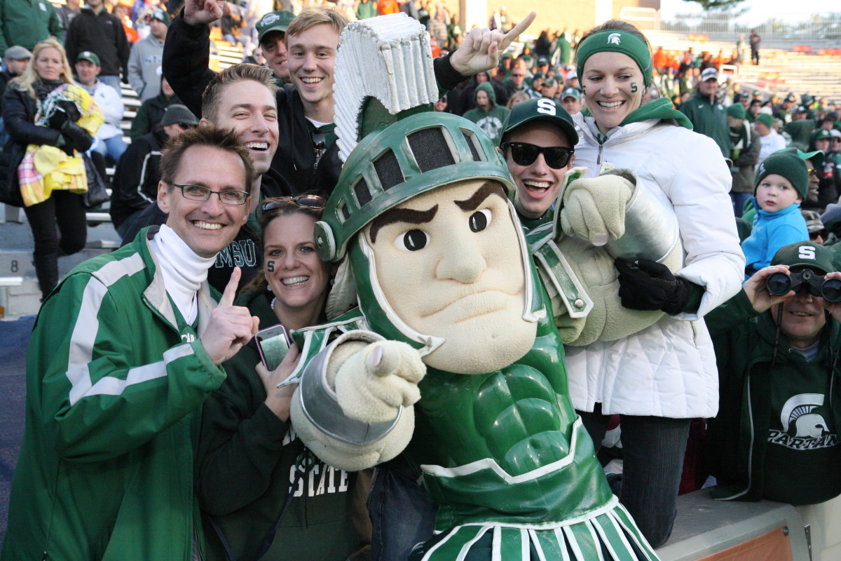 Sparty and the fans think the Spartans are #1.  Photo courtesy of Mark Boomgaard.