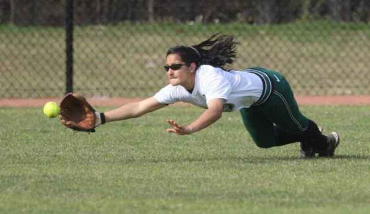 Spartans improve to 4-2 on season.  Photo courtesy of MSU SID.