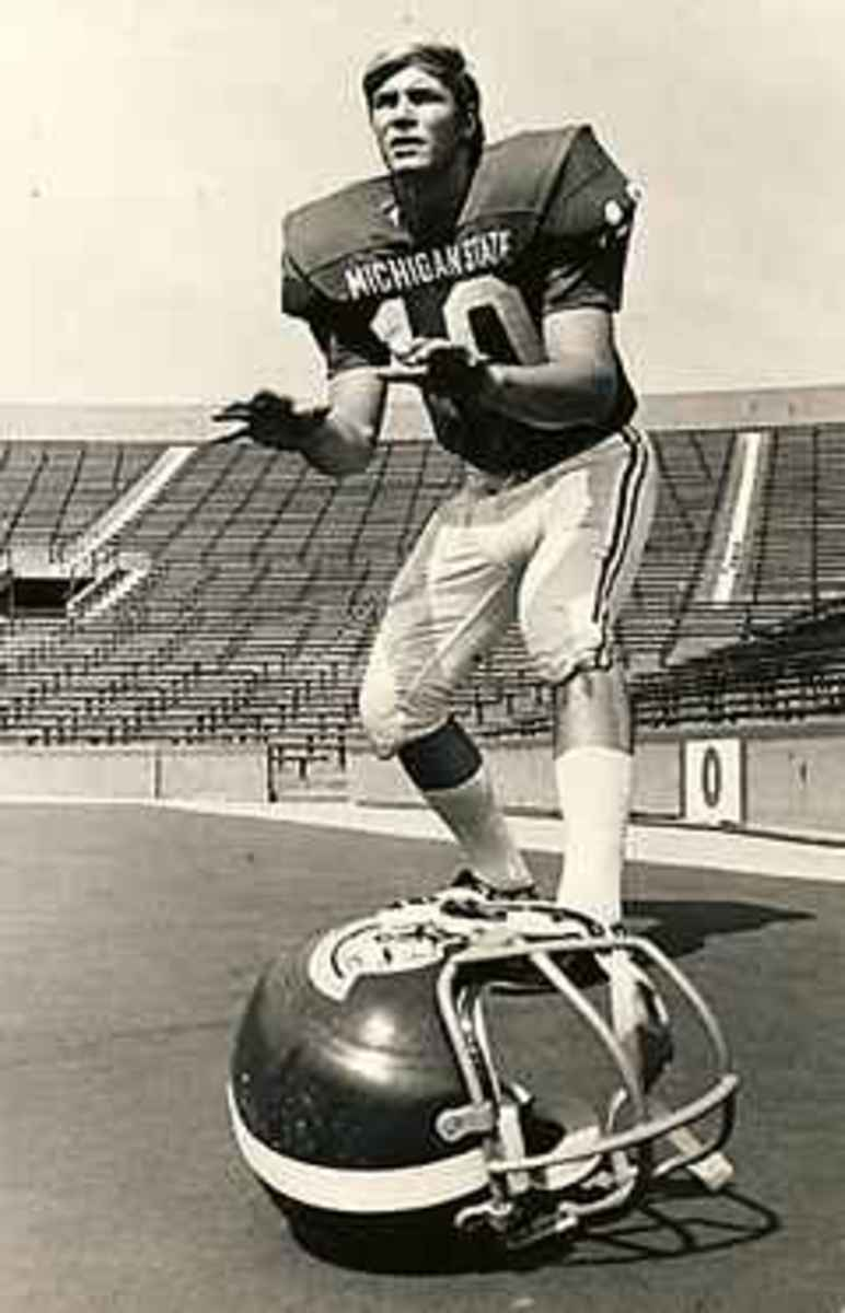 Van Pelt was a gentleman and a hero to many Spartans as was Pingle.  Photo courtesy of MSU SID.