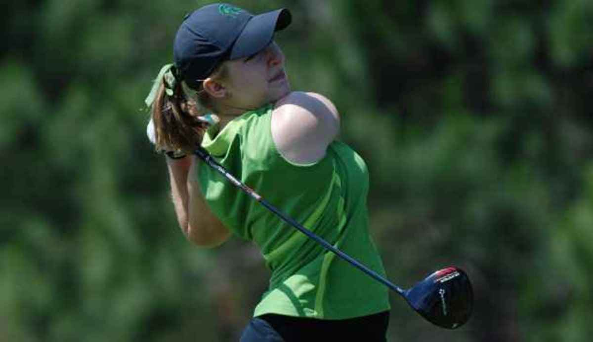 Caroline Powers wins in a playoff to advance individually to the NCAA Championships.  Photo courtesy of MSU SID.