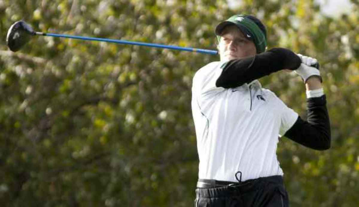 Aimee Neff and Caroline Powers both shoot 74 to lead MSU in Friday's first round.  Photo courtesy of MSU SID.