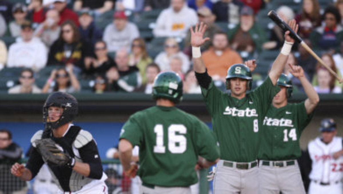 The Spartans are now 7-4 on the young season.  Photo courtesy of MSU SID.