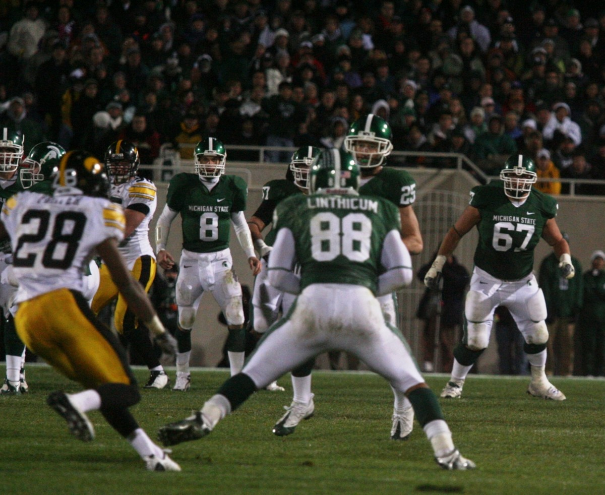 Brian Linthicum's Hook and Lateral with Blair White wasn't Enough for a Spartans Win.  Photo:  Bill Marklevits.