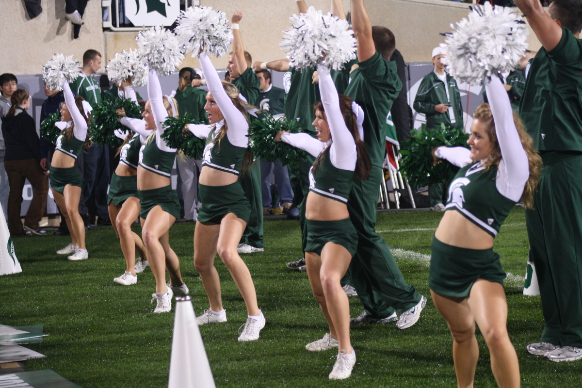 Satnd up and Shout Spartan Nation as the Spartans are 3-0!  Photo courtesy of Mark Boomgaard.