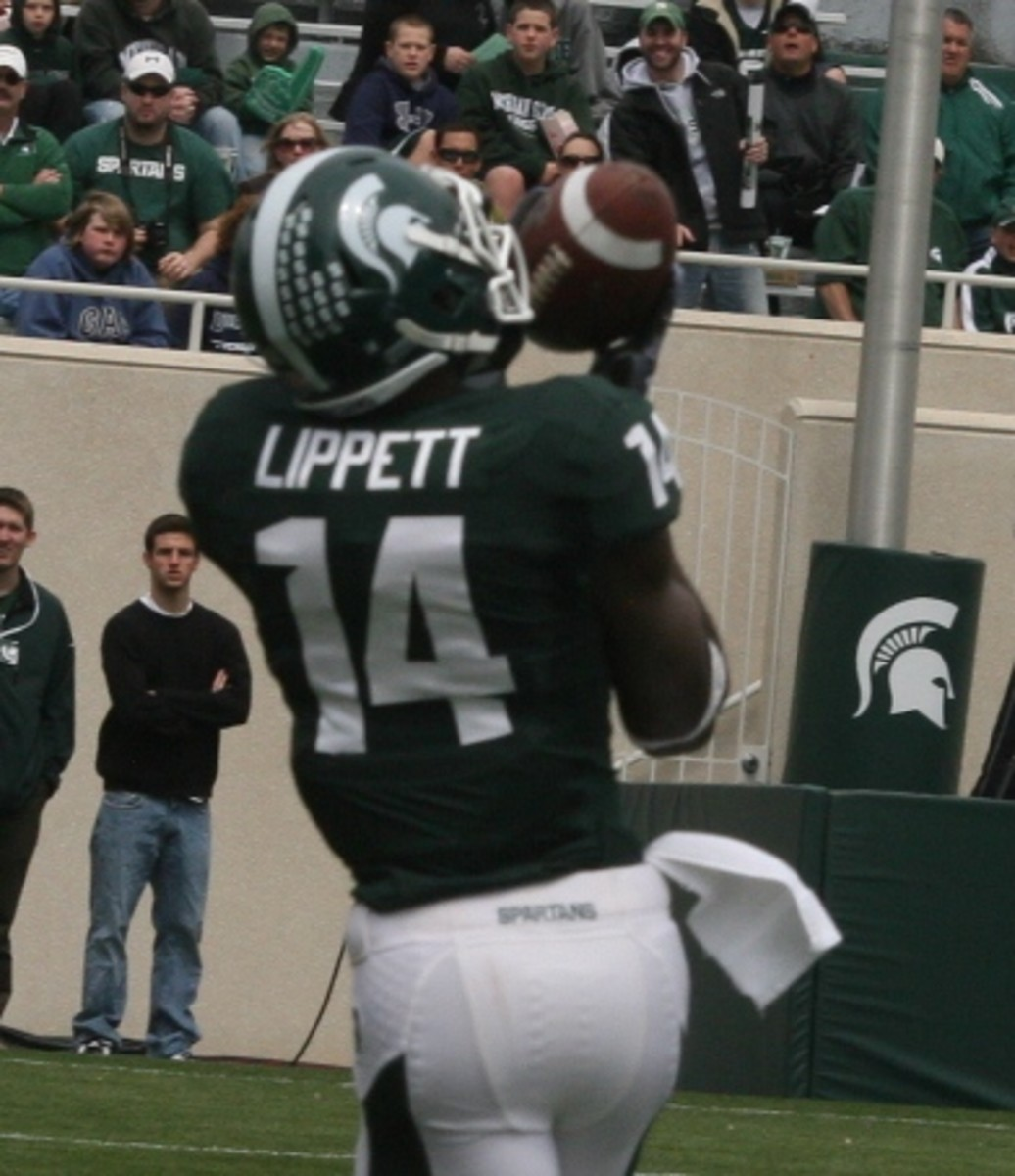 Time to join the Phalanx Forum so you can talk MSU Football with Spartans from all around the country.  Photo courtesy of Bill Marklevits.