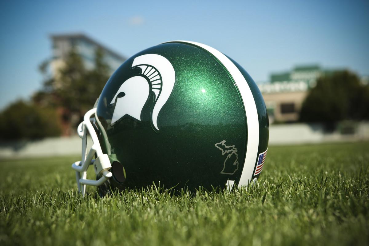 Spartan helmet silver lining - 1