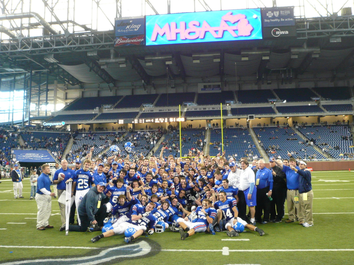 Niko Palazeti led his Detroit Catholic Central team to a state title in 2009.  Photo courtesy of Jeff Cottrell.