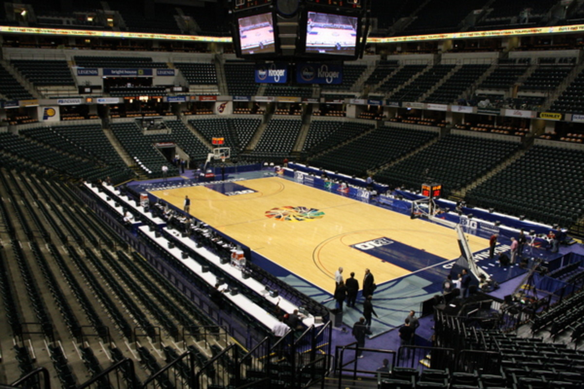 Conseco is ready for a big weekend here at the Big Ten Tournament.  Photo courtesy of Bill Marklevits