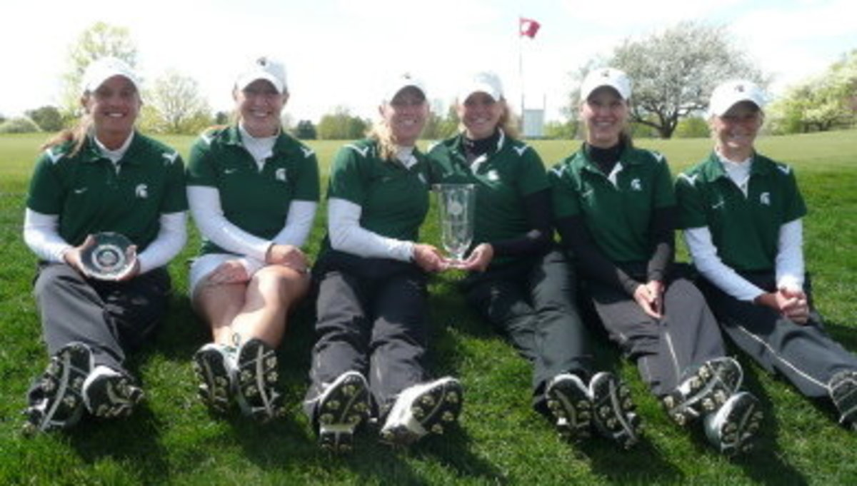 Kueny edges Ohio State 's Rachel Rohanna by one stroke to win her second career tournament.  Photo courtesy of MSU SID.