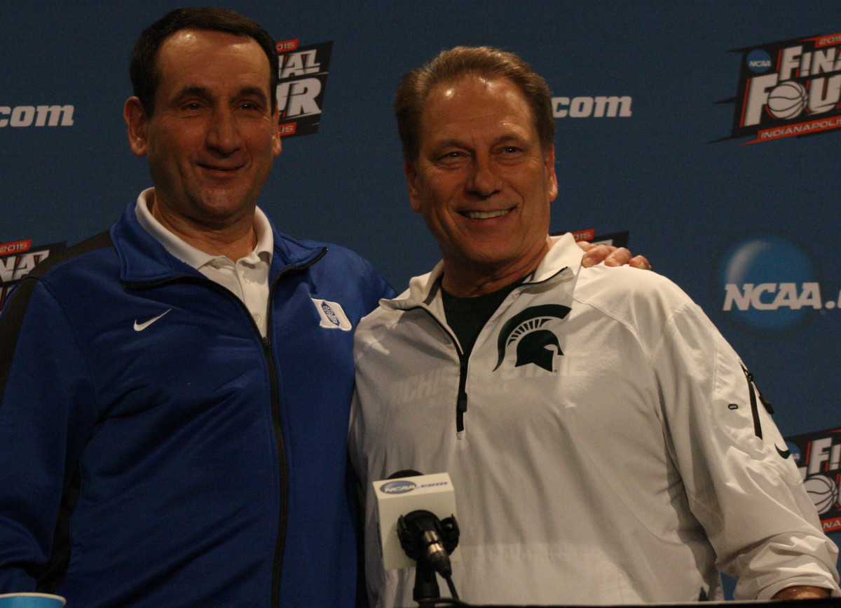 Coach K and Tom Izzo before a Final Four matchup in 2015.