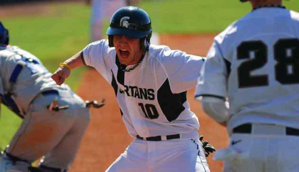 Down 3-2 in the top of the ninth, Spartans score eight to win their fifth straight.  Photo courtesy of MSU SID.